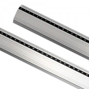 totenart-Regla aluminio antideslizante 30  cm.