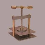 Maneral press 40x27 cm.