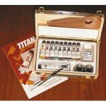 Oil TITAN Extra Thin, wooden box 10 colours.